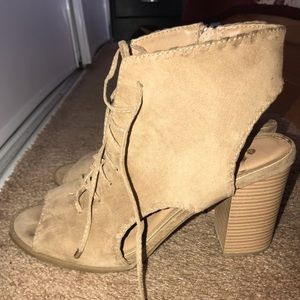 Block Heels/Booties with laces
